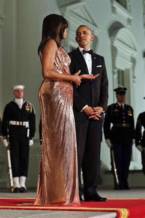 michelle obama seattle michelle obama shines in versace at white house dinner
