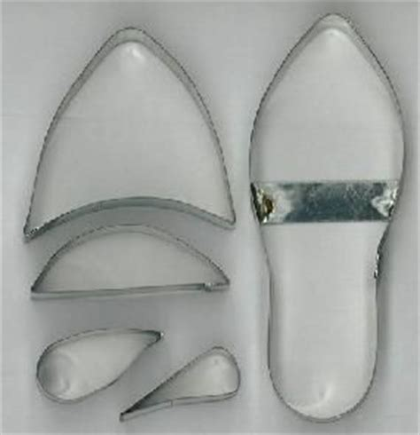 gumpaste high heel template minds with funding from