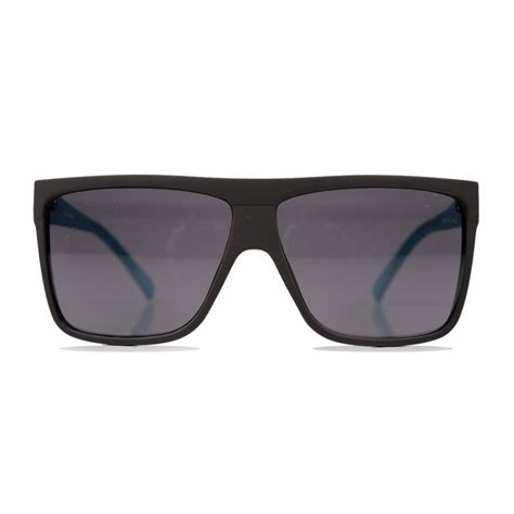 Retro Sunglasses quay eyewear blue barnun retro sunglasses wehustle