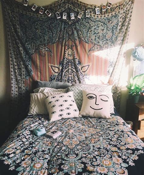 25 best ideas about bohemian bedroom decor on