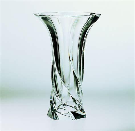 vasi di cristallo vaso in pregiato cristallo cm 29 cristal sevres di