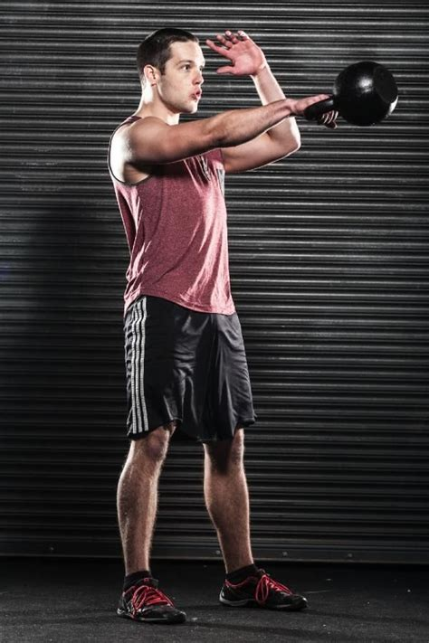 300 kettlebell swings a day 100 best images about crossfit fitness on pinterest