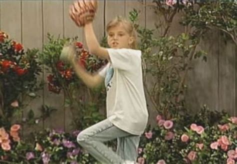 who plays stephanie in full house watch stephanie plays the field ep 22 full house season 4