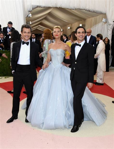 claire danes zac posen gown claire danes s light up zac posen dress at the 2016 met