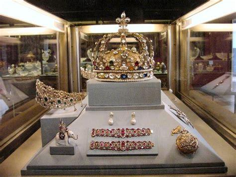 joyaux de la couronne louvre  images pretty