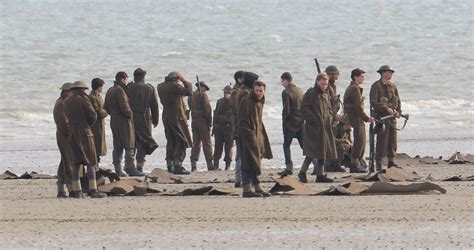 dunkirk war film what to expect from christopher nolan s epic war film