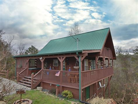 vrbo pigeon forge 4 bedroom fireside memories a 2 bedroom cabin sleeping vrbo