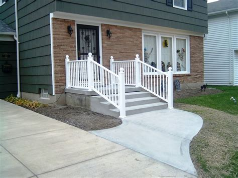 Walkways To Front Door Concrete Walkway And Steps To Front Door Concrete Front Doors Concrete Walkway