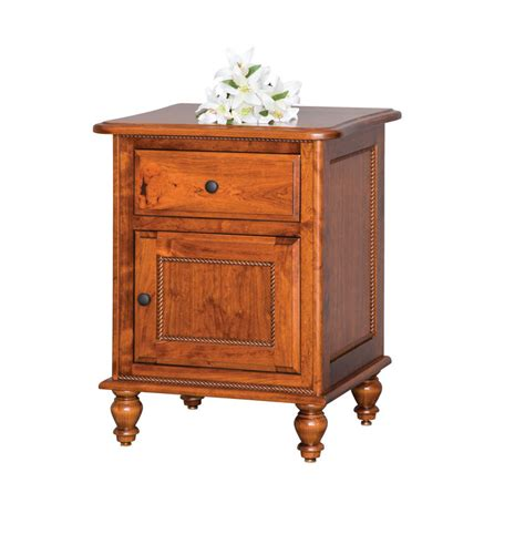 Nightstand With Door And Drawer Rolling Pin 1 Door 1 Drawer Nightstand Ohio Hardword