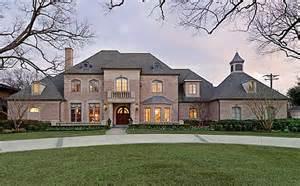9 000 square foot home in prestigious preston hollow hotr