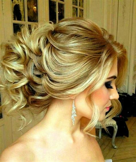 perfectly imperfect hair updos for with medium to hair trend to wear