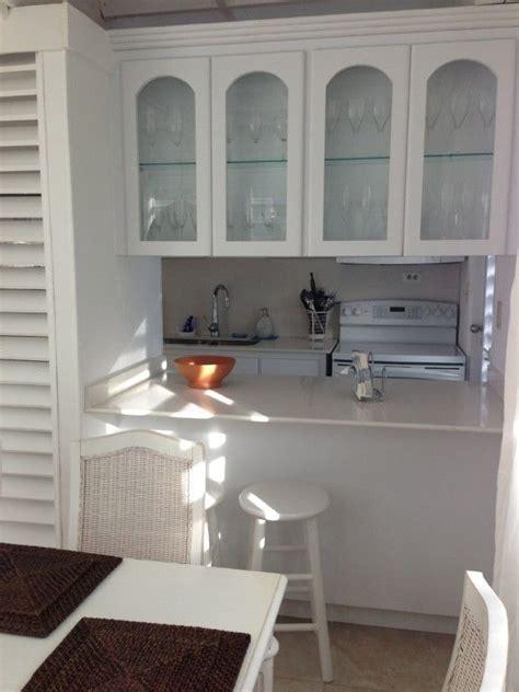 Galley Kitchen Living Room Galley Kitchen Opens To Living Room Kitchen Pass Thru