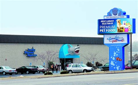 favorite pet supply store that fish place that pet