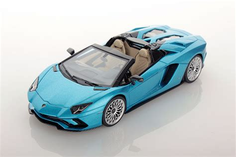 lamborghini aventador s roadster official video lamborghini aventador s roadster 1 43 looksmart models