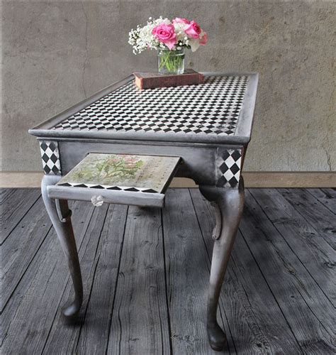 How To Decoupage A Table - 10 unique ways to update a table with decoupage