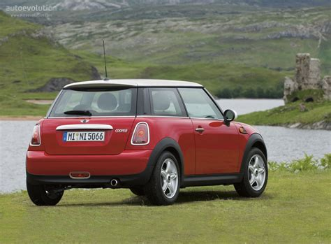how can i learn about cars 2008 mini clubman spare parts catalogs mini hatch 2006 2007 2008 2009 2010 2011 2012 2013 2014 autoevolution