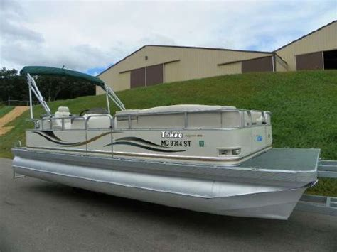 tahoe blue boats 2004 tahoe pontoons 2223 aspen boats yachts for sale