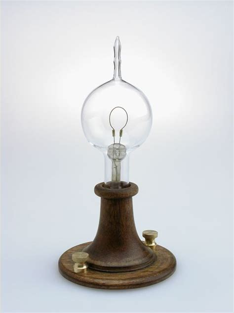 who created the first light the first incandescent light was invented by thomas