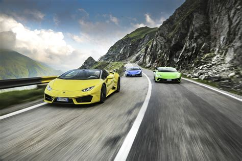 Lamborghini World Lamborghini Took Three Huracans To The World S Best