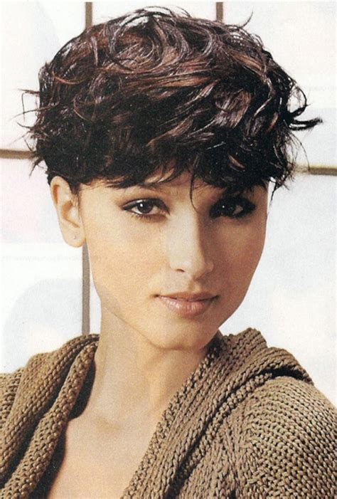 short haircuts curly thick hair short wavy haircuts for women 2012 2013 short