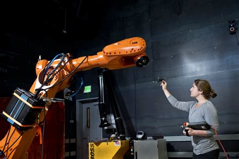 real and industrial robots 0615935583 quipt teaching industrial robots spatial behaviours for human interaction madelinegannon