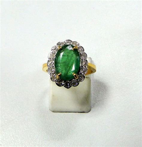 14 cts solid gold emerald ring oval cut 8097 via