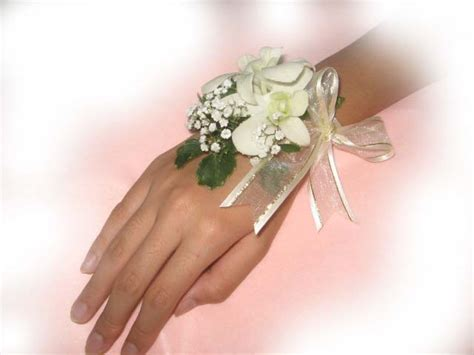 Hochzeit Corsage by Wedding Wrist Corsage Hairstylegalleries