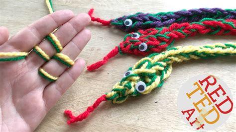how do i finger knit how to finger knit a snake diy finger knitting projects
