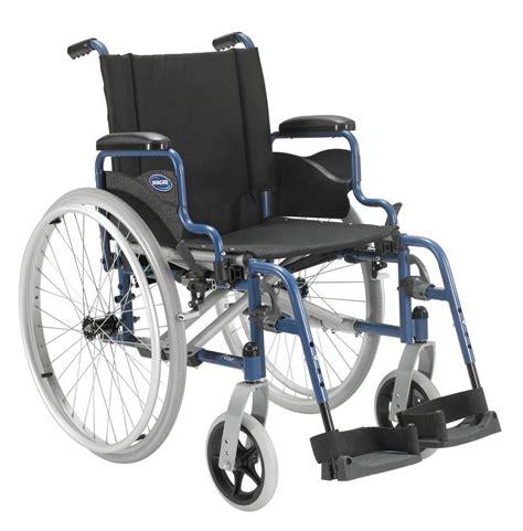 sedie con ruote per disabili carrozzelle disabili e anziani act1 carrozzine con