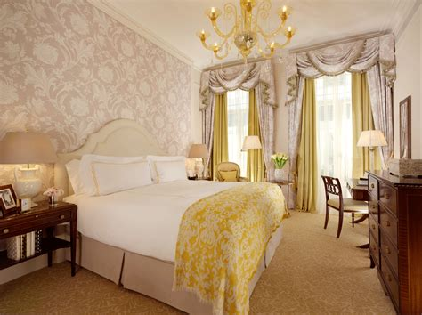 Savoy Hotel Rooms by The Savoy Traveller Made