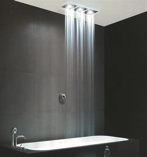 soffioni doccia a soffitto soffioni doccia di design con led e crometerapia