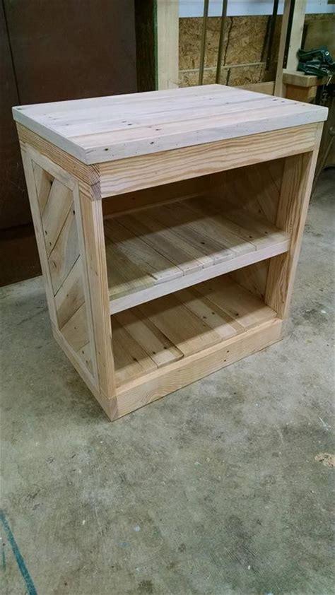 diy pallet nightstand  side table diy pallet furniture