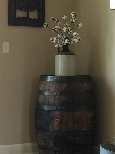 Whiskey Barrel Decor by Best 20 Scottish Decor Ideas On Country