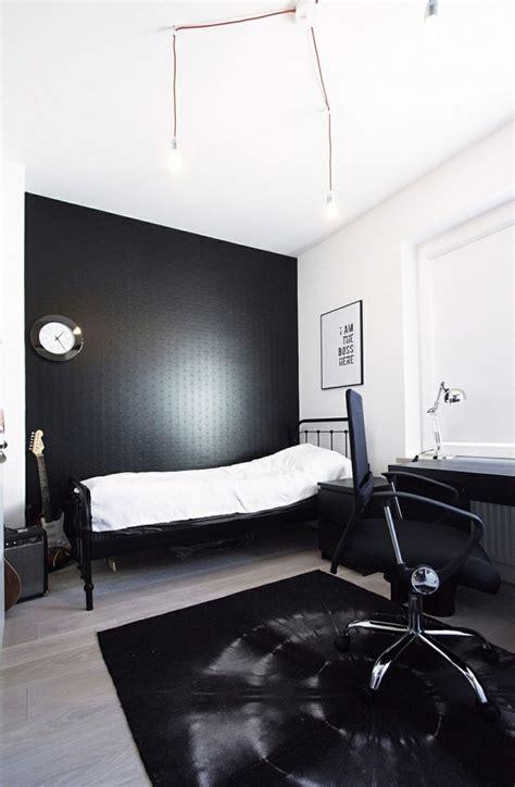 schwarzes schlafzimmer wandfarbe schwarz 59 beispiele f 252 r gelungene innendesigns