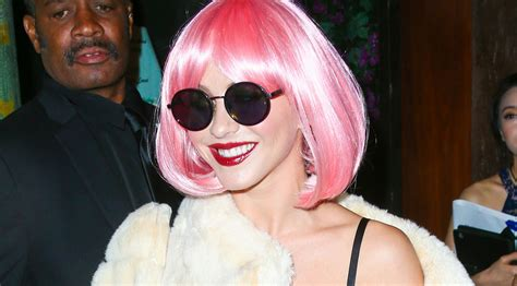 julianne hough pink wig julianne hough wears a pink wig for early halloween