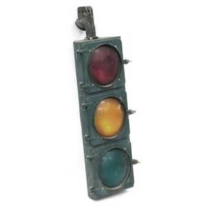 vintage eagle signal traffic light lot 7