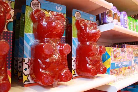 world s the worlds biggest gummy bear www pixshark com images
