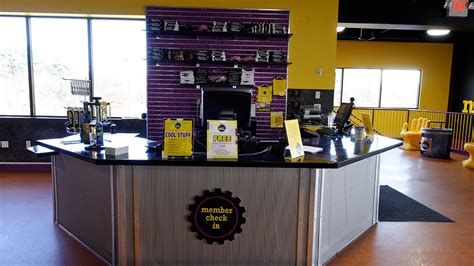 planet front desk phone planet fitness front desk desk design ideas