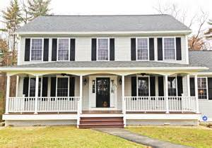 Colonial House With Farmers Porch Front Porches A Pictoral Essay Suburban Boston Decks