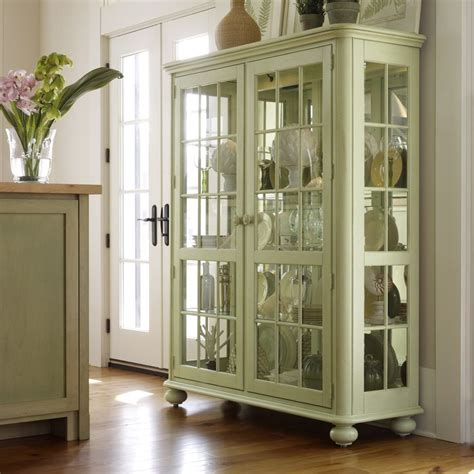 stanley furniture china cabinet 17 best images about antique curio cabinet on pinterest