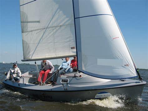 zeilboot met open spiegel tirion 21 open zeilboot sneek botentehuur nl