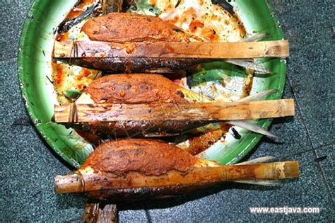 Otak Otak otak otak bandeng fried milk fish process gresik