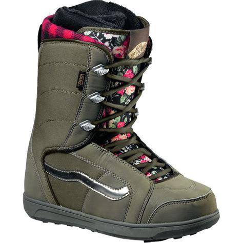vans hi standard snowboard boot s