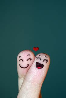 Tirai Burung Dan Sepasang Kekasih lukisan jari sepasang kekasih gosip gambar