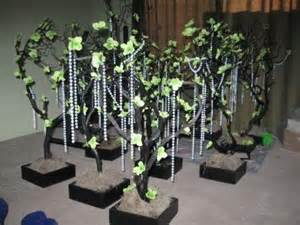 black white and green wedding centerpieces s black and white wedding reception centerpieces