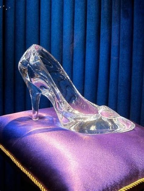 why did cinderella wear glass slippers shoes cinderella glass shoes glass heals heels high