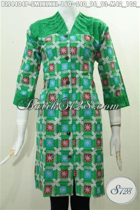 desain baju batik hijau produk baju batik blus warna hijau cerah pakaian batik