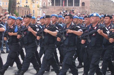 dispensa servizio militare caschi della cultura angeli italiani al servizio dell