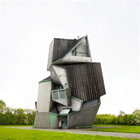 Cool Houses by Weird News Amazing And Strange Houses Designs Using Photo
