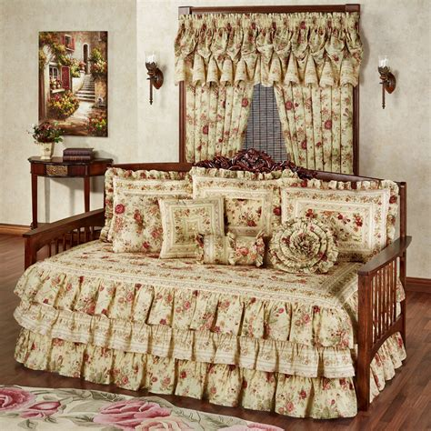 Daybed Bedding Sets Vintage Floral Ruffled Daybed Bedding Set